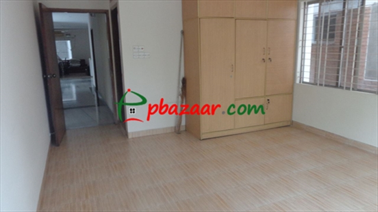 Nicely Furnished Flat এর ছবি