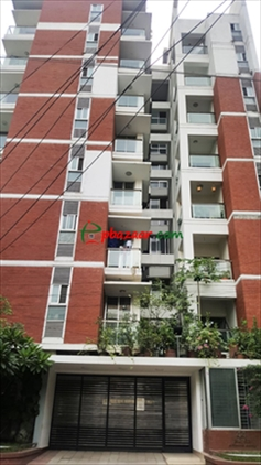 3 bedroom with rooftop penthouse এর ছবি