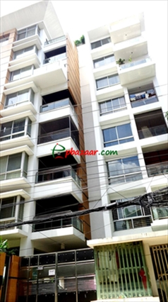Picture of 2200 sqft apartment is ready for rent at Baridhara, Block-K