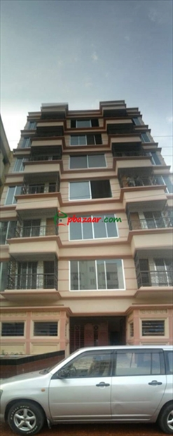 Luxurious 2500 sq ft Apartment In Bashundhara Block B just beside 100 ft Main Road এর ছবি