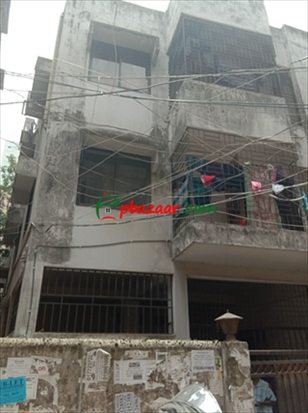 Independent house with 3 stroied building. এর ছবি