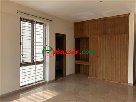 4-Bedroom Flat for Rent in Gulshan 2 Diplomatic Area এর ছবি