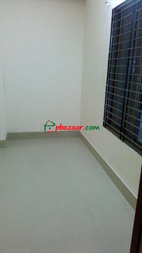 700 sft on ground floor @ Block D, Bashundhara R/A এর ছবি