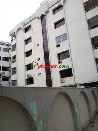Picture of 1760 Sft Lake View Apartment For Sale in Dhanmondi