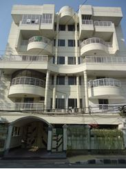 Large Semi Furnished Apartment Only For Foreigners  এর ছবি
