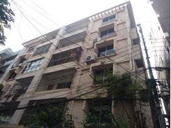 A apartment only for foreigner এর ছবি