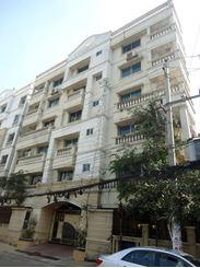 Buy Apartment in Banani এর ছবি