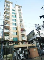 Top floor apartment এর ছবি