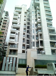 3750 sft at Gulshan 2 Semi Furnished Apartment  For Rent এর ছবি