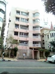 2700 sft Residential Apartment For Rent এর ছবি