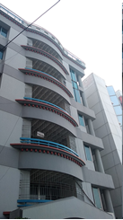 1900sft Semi Furunished Apartment For Rent এর ছবি
